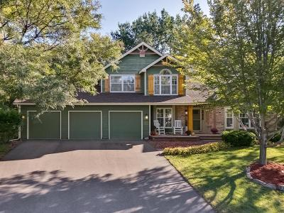 Eden Prairie Single Family Home For Sale: 8721 Cottonwood Lane