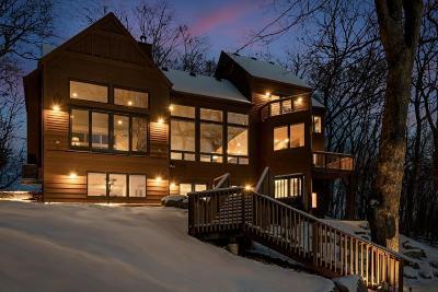 Eden Prairie, Chanhassen, Chaska, Carver Single Family Home For Sale: 7570 Dogwood Road