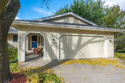 Eden Prairie Single Family Home Contingent: 7310 Bagpipe Boulevard