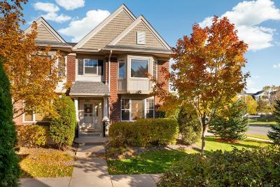 Maple Grove Condo/Townhouse For Sale: 8511 Forestview Lane N