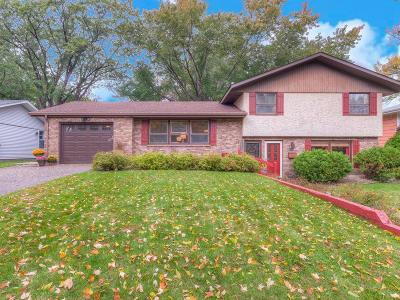 Fridley Single Family Home For Sale: 6756 7th Street NE