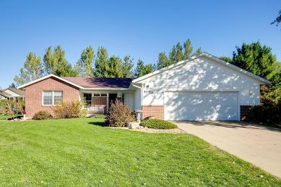 North Branch Single Family Home For Sale: 6580 Rivercrest Drive