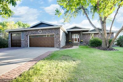 Single Family Home For Sale: 17203 Weaver Lake Drive