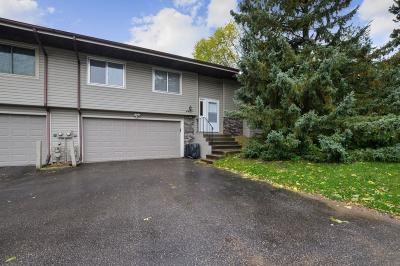 Shoreview Condo/Townhouse For Sale: 4437 Churchill Street