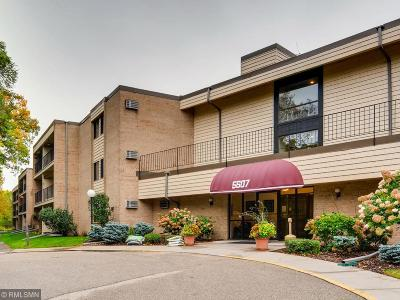 Minnetonka Condo/Townhouse For Sale: 5607 Green Circle Drive #207