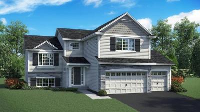 Lakeville Single Family Home For Sale: 16090 Estate Lane