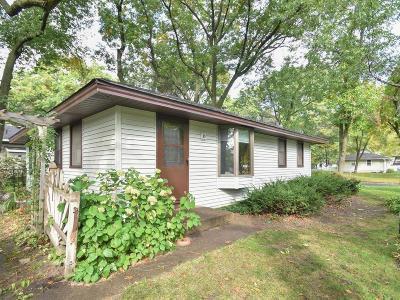 Blaine Single Family Home Contingent: 10448 Jefferson Street NE