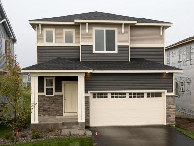 Maple Grove Single Family Home For Sale: 8263 Deerwood Lane N