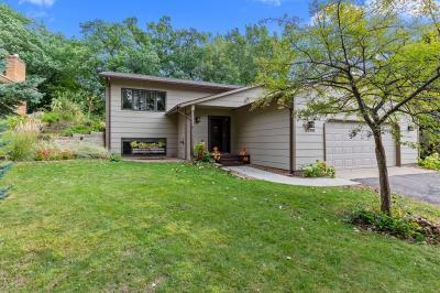 Eagan Single Family Home Contingent: 3536 Widgeon Way