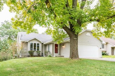 Eagan Single Family Home Contingent: 3664 Canary Way