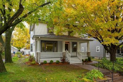 Saint Paul Single Family Home For Sale: 573 Ottawa Avenue