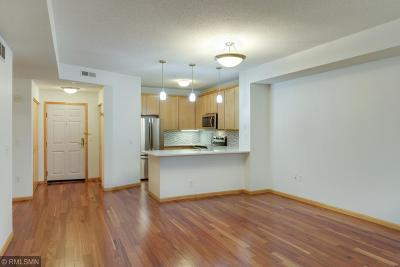 Condo/Townhouse For Sale: 580 N 2nd Street #300