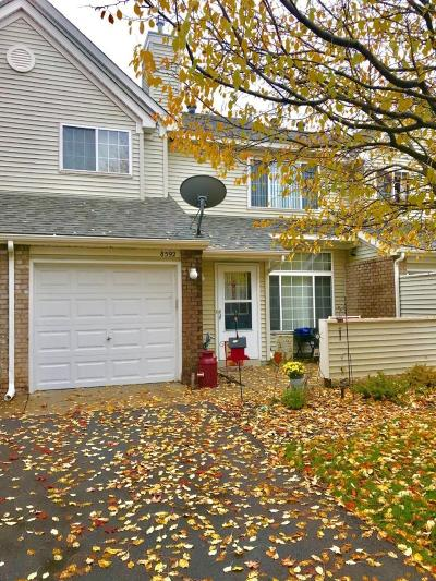 Inver Grove Heights Condo/Townhouse Contingent: 8592 Brinkley Lane #31