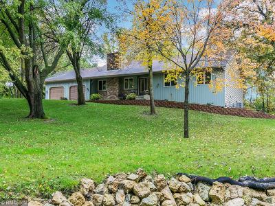 Lakeville Single Family Home For Sale: 23216 Woodland Road