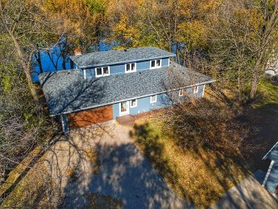 Shorewood Single Family Home For Sale: 22340 Bracketts Road