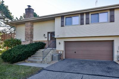 Shoreview Condo/Townhouse For Sale: 4152 Sylvia Lane S