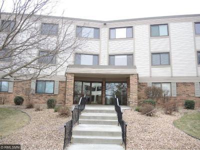 Wayzata, Plymouth Condo/Townhouse For Sale: 4385 Trenton Lane N #201