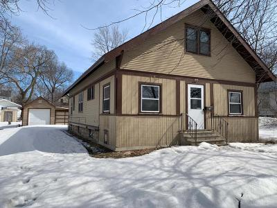 Faribault Single Family Home For Sale: 915 4th Avenue NW