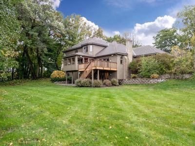 Wayzata, Plymouth Single Family Home For Sale: 13325 32nd Avenue N