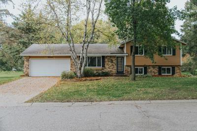 Apple Valley Single Family Home Contingent: 5587 136th Street Court