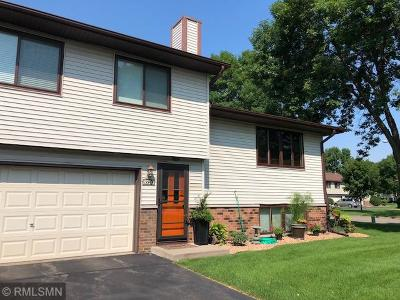 Brooklyn Park Condo/Townhouse For Sale: 8720 N Maplebrook Circle