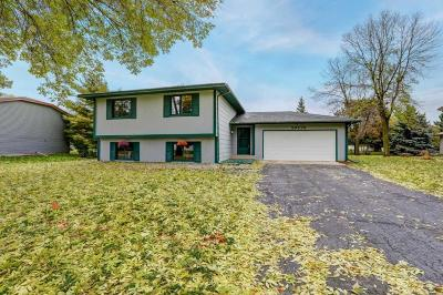 Lakeville Single Family Home For Sale: 20570 Iteri Avenue