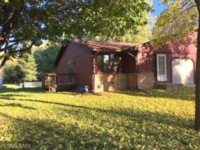 Brooklyn Park Single Family Home For Sale: 8220 Newton Avenue N