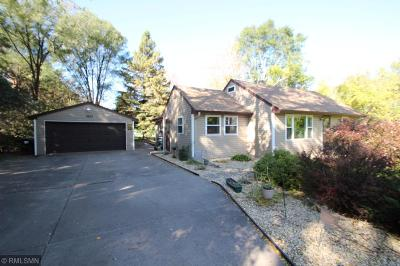 Lino Lakes Single Family Home Contingent: 6833 Lakeview Drive