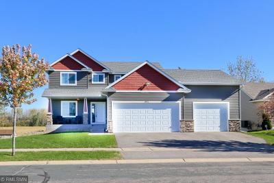 Farmington Single Family Home For Sale: 19900 Deerbrooke Path