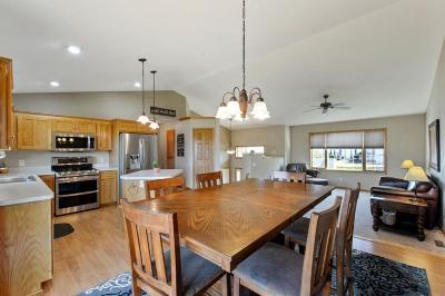 Buffalo Single Family Home For Sale: 2207 Saddlebrook Road