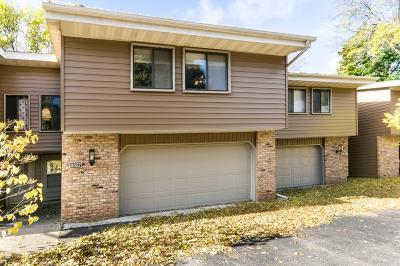 Eden Prairie, Carver, Chaska, Chanhassen Condo/Townhouse For Sale: 8327 Mitchell Road