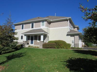 Wayzata, Plymouth Condo/Townhouse For Sale: 5133 Yuma Lane N