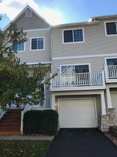 Minnetonka Condo/Townhouse For Sale: 402 Willoughby Way W