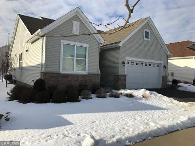 Maple Grove Condo/Townhouse For Sale: 7433 Queensland Lane N