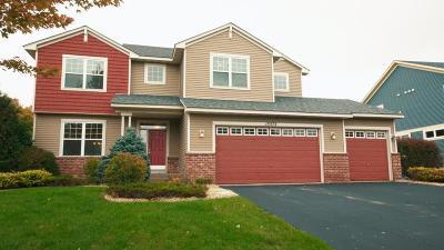 Hugo Single Family Home For Sale: 15572 Enfield Avenue N