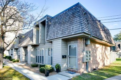 Edina Condo/Townhouse For Sale: 6459 Barrie Road