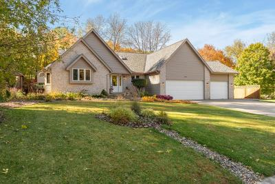 Eden Prairie Single Family Home For Sale: 6380 Chatham Way