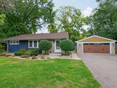 Bloomington MN Single Family Home Contingent: $269,900