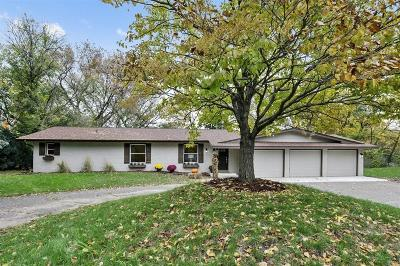Minnetonka Single Family Home For Sale: 17600 Copperwood Lane