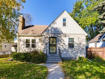 Minneapolis Single Family Home For Sale: 5824 Elliot Avenue