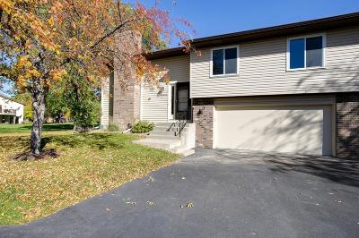 Eden Prairie, Carver, Chaska, Chanhassen Condo/Townhouse For Sale: 14336 Sorrel Way