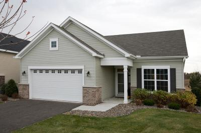 Maple Grove Condo/Townhouse Contingent: 7365 Troy Lane N