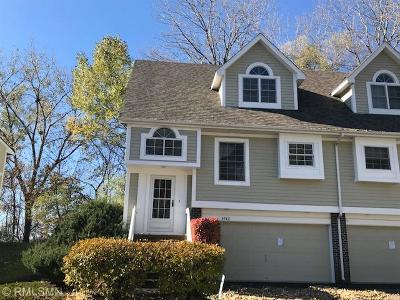 Minnetonka Condo/Townhouse For Sale: 4942 Bayswater Road