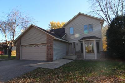 Maple Grove Single Family Home For Sale: 9558 Polaris Lane N