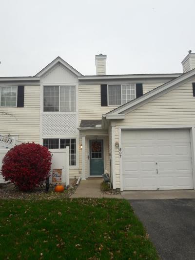 Burnsville Condo/Townhouse Contingent: 2013 Southcross Drive W #807