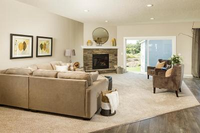 Single Family Home For Sale: 516 Castle Ridge Road