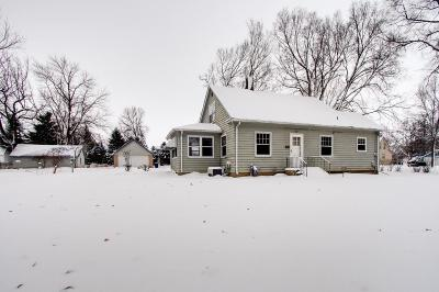Faribault Single Family Home For Sale: 905 8th Street SW