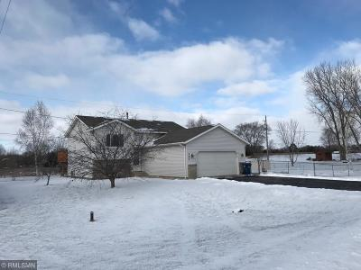Sauk Rapids Single Family Home For Sale: 545 24 1/2 Avenue NE