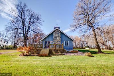 Mcleod County Single Family Home For Sale: 7131 Zebra Avenue