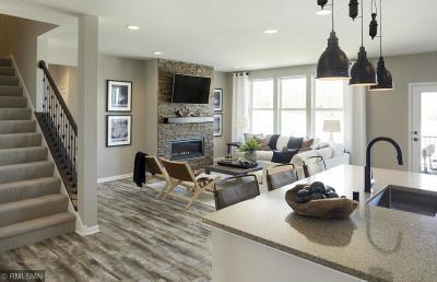 Prior Lake Single Family Home For Sale: 5062 Trillium Cove